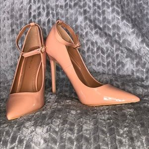 """Patent leather NUDE 6""""in heels"""